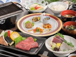 【お手軽会席】メインから海鮮を抜き、釜飯が白米に変更した内容です。