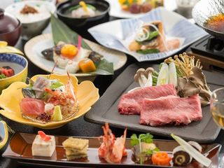 月替わりでお楽しみいただける会席料理。地元の食材を始め、季節を感じるお料理を提供致します。(イメージ)